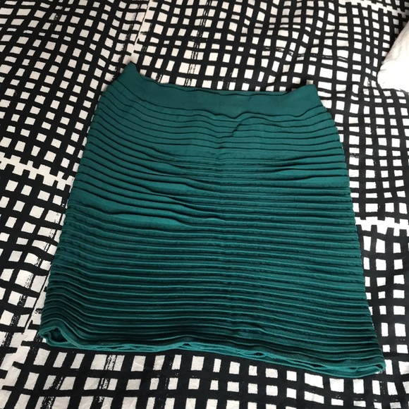 bebe Dresses & Skirts - Bebe bodycon skirt size xs/s